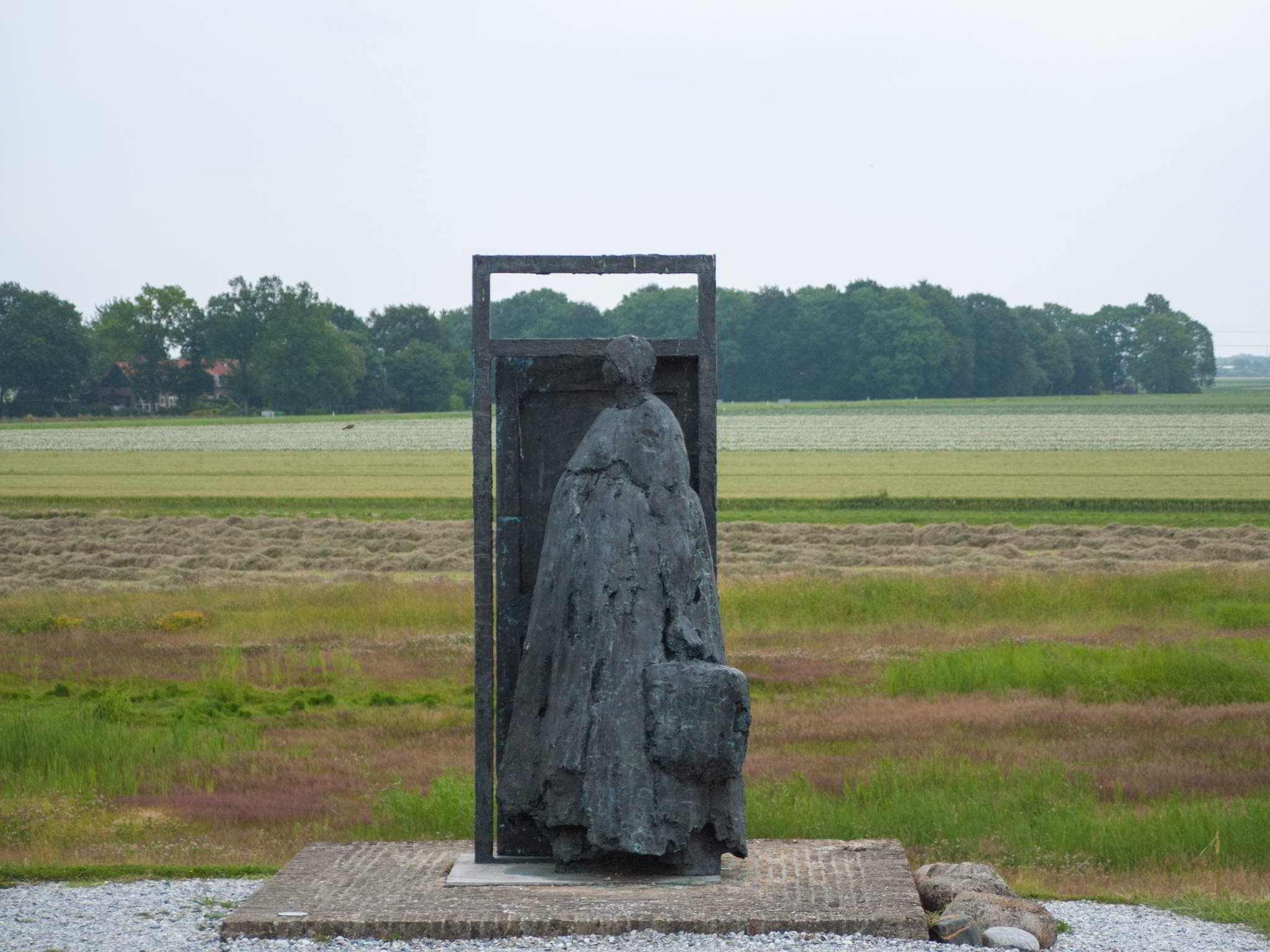 """Geen weg terug"" [No way back], image inspired on the evacuation of Schokland; Kiny Copinga, 2004."