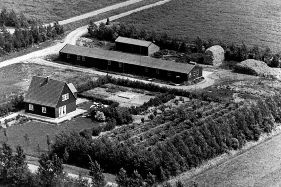 "Austrian home with double ""Belgian barracks"" at the Zwartemeerweg (Klaver family), first issuance 1947"